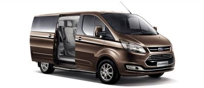 FORD TOURNEO MỚI